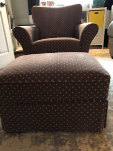 Glider swivel chair and ottoman