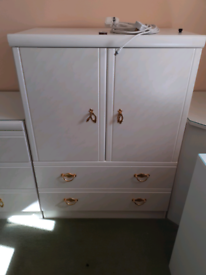 Small cupboard and drawers