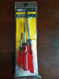 Klein 3 piece slotted screw-holding  screwdriver set