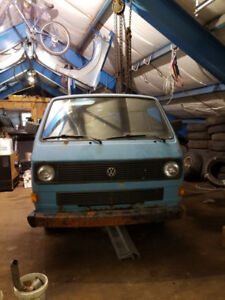 VW TRANSPORTER (TRUCK) FOR SALE