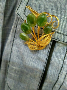Brooch Pin Jade Flower with Gold color plating leafs Unisex