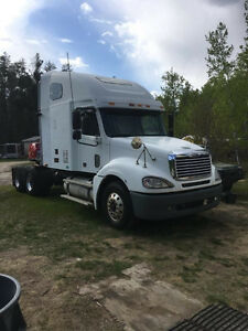 For Sale 2005 Freightliner Columbia