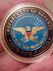 Large 40mm Department of Defense The Pentagon Gold Plated Coin.