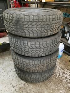 "CHEAP!! X4 205/60r16 winterforce tires on 5x4.5"" rims"