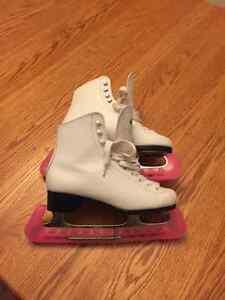 Size 4 girls figure skates