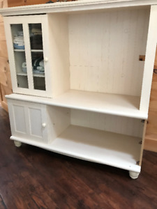 Just reduced..Tables, Dresser and small Furniture Items for Sale