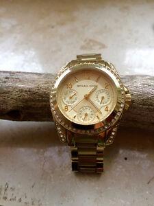 Michael Kors Women's Fashion Watch