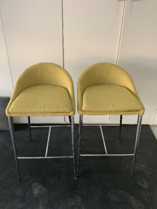 Structube Counter chairs