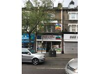 Off licence Shop + flats to rent in Walthamstow E17