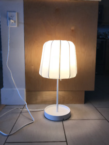 Dimmable table lamp white for $20