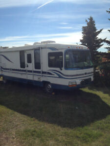 36 FOOT REXHALL AERBUS MOTOR HOME