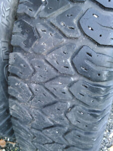Traction king Winter tires on dodge 5 bolt rims 235/85/16 Prince George British Columbia image 1