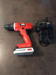 Black and Decker Drill really good condition