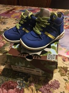 Shoes MAKI size 20 for Boy