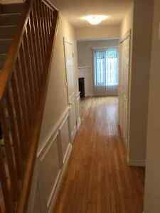 3 bedroom condo with finished basement London Ontario image 1