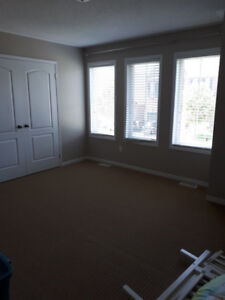 Room for rent in a new house (Females only)