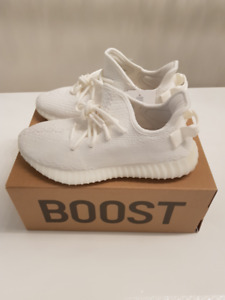 Yeezy Boost 350 V2 Triple White Size 8.5