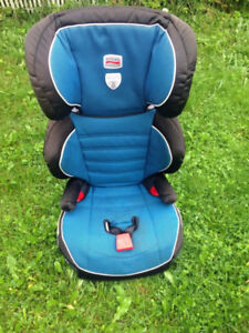 Britax Parkway SGL (Belt-Positioning Booster Seat) Delivery Inc.