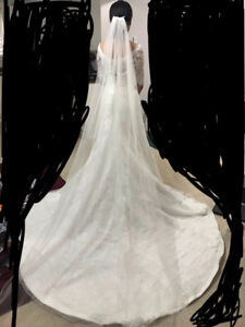 Bridal Wedding Dress / Gown