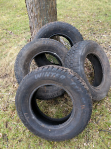 Set of 4 Artic Claw tires