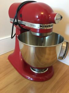 KitchenAid Artisan, Stand Mixer, Red color