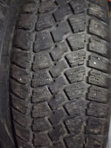 4 Pneus d'hiver/Winter tires 195 60 15