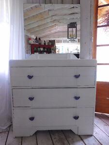 Sweet Dresser/Mirror