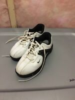Youth size 5 Nike golf cleat