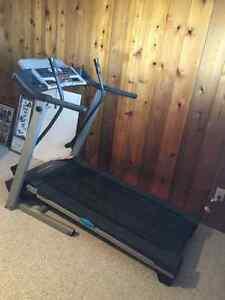 Proform 415 Cross Walk Treadmill
