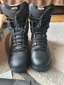 Altberg Peacekeeper boots size 8