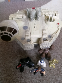 Star Wars toy and 5 figures
