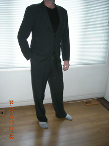Giorgio Armani 2 Piece Wool Suit made in Italy