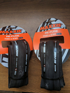 Maxxis Road Bicycle Tire 700x23. Pneu Velo