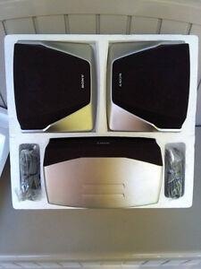 Haut-parleurs neufs/brand new speakers Gatineau Ottawa / Gatineau Area image 1