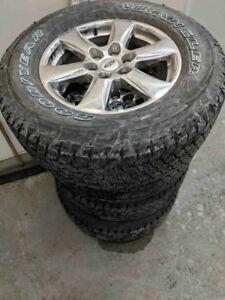 D'origine et neuf pour F150 Mag et pneu Michelin neuf 275/65/R18