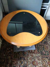 Cat scratch table