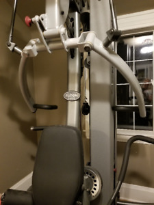HOME GYM - Body Solid Fusion 600 Personal Trainer
