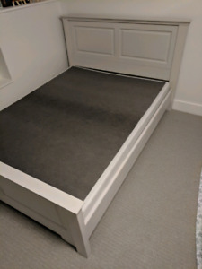 Bed frame head and footboard, box spring