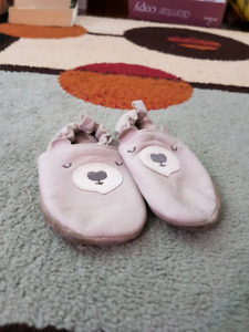 12-24 m. Slippers