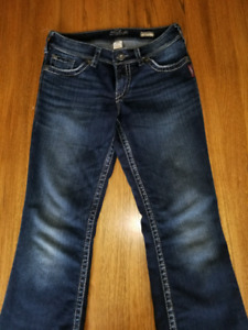Jeans femme taille 28