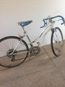 Womens, small 10 speed bicycle