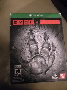 Evolve XBOX One like new