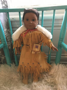 American Girl Kaya - Excellent condition w/ accessories