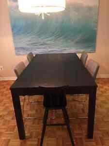 DINING TABLE & CHAIR FOR SALE