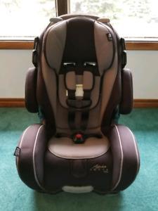 Alpha Omega Elite 3-in-1 Car Seat