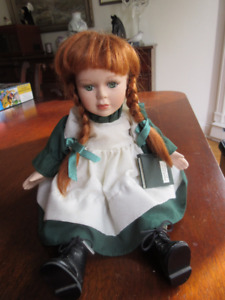 Anne of Green Gables Wind Up Doll with Music & Head Movement