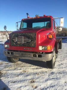 2001 International 4900 with Pro Heat Engine Coolant Heater
