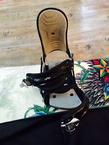 Snowboard, bindings, boots and bag