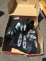 Ski Boots for downhill skiing