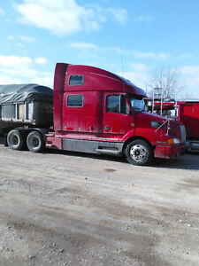 2002 Pre EGR ISX powered Volvo VNL 770 For Sale